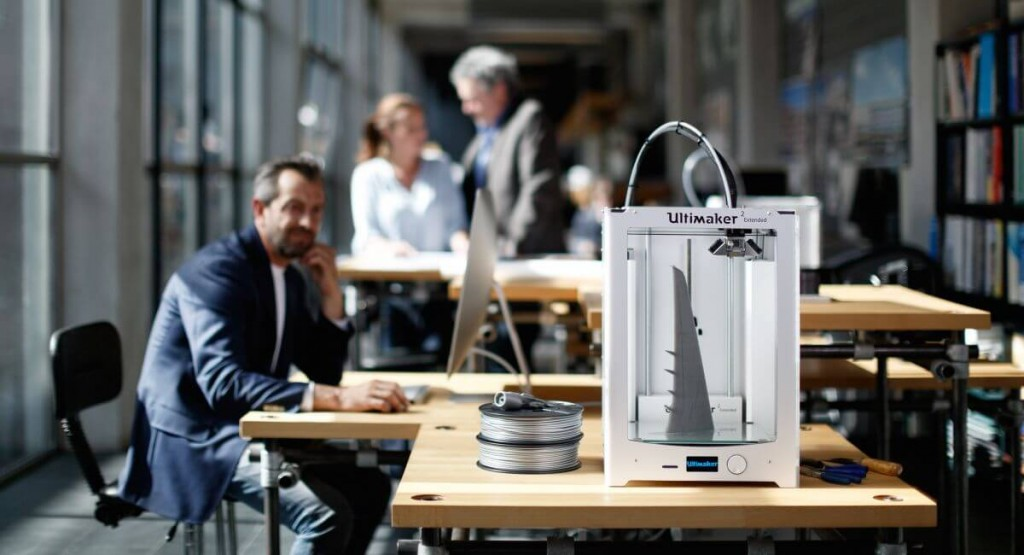 """Ultimaker 2 Extended+ adds 4"""" to the build height"""